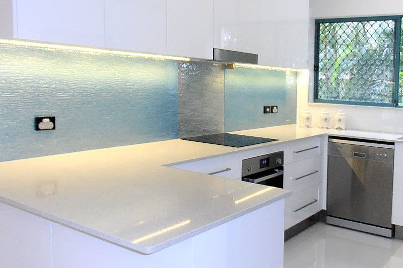 glass tiles kitchen splashback 5 ways to make splashbacks a kitchen feature waterart 3825